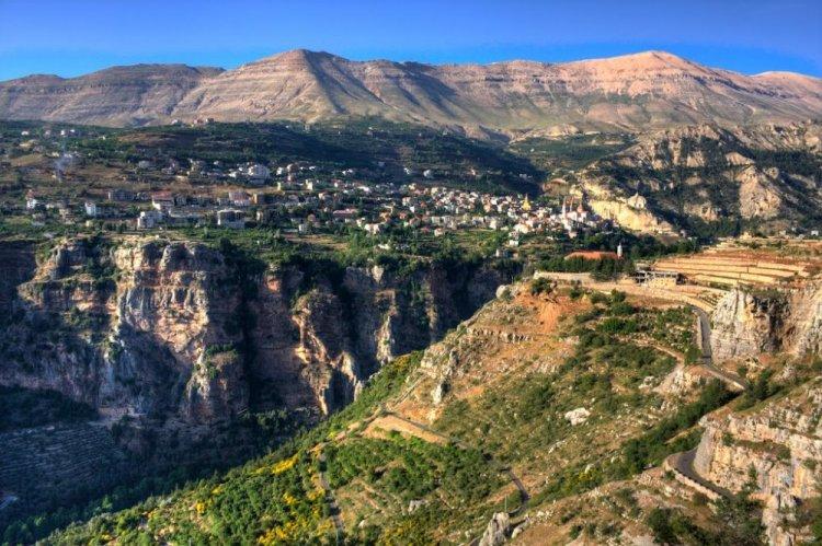 وادي قاديشا في لبنان