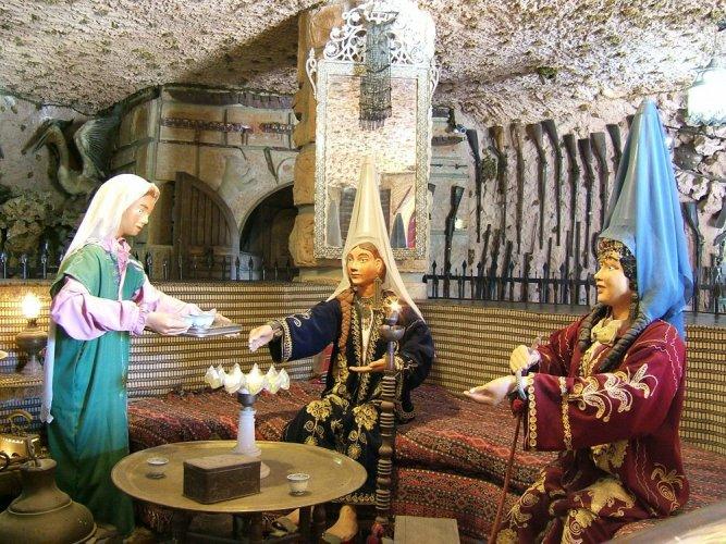 داخل قصر موسى