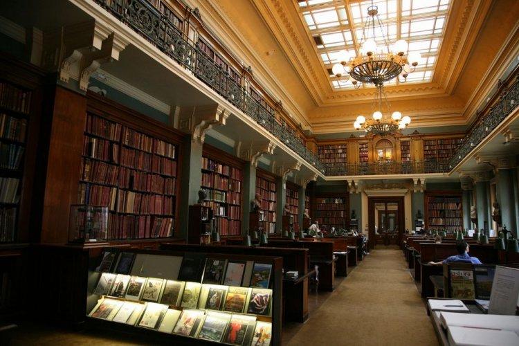 متحف فكتوريا والبرتفي لندن