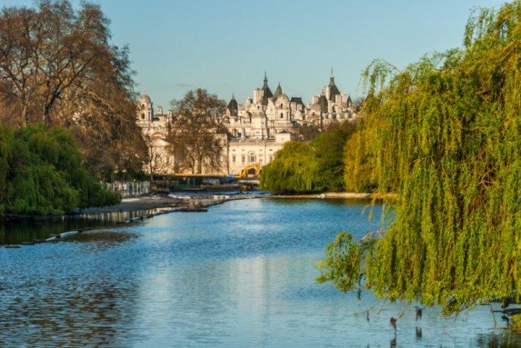 منتزة سانت جيمز بارك في لندن