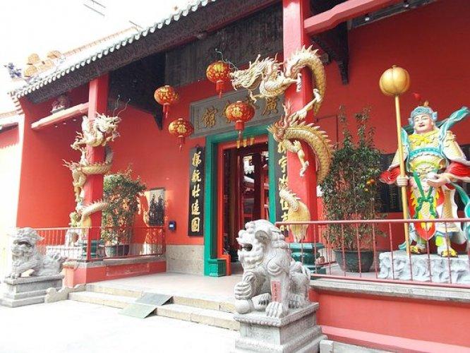 مدخل المعبد في كوالالمبور ماليزيا