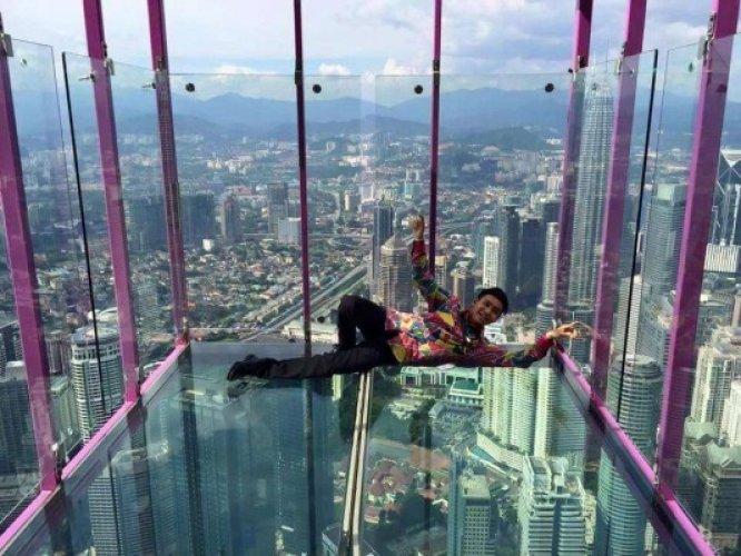 برج منارة كوالالمبور في ماليزيا