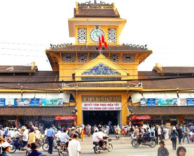 الأسواق الشعبية في مدينة هو تشي منه