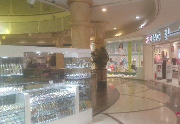 مركز البهجة للتسوق في مسقط - سلطنة عمان