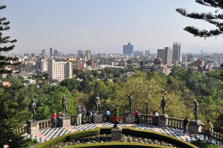 قلعة تشابولتيبيك في مكسيكو سيتي