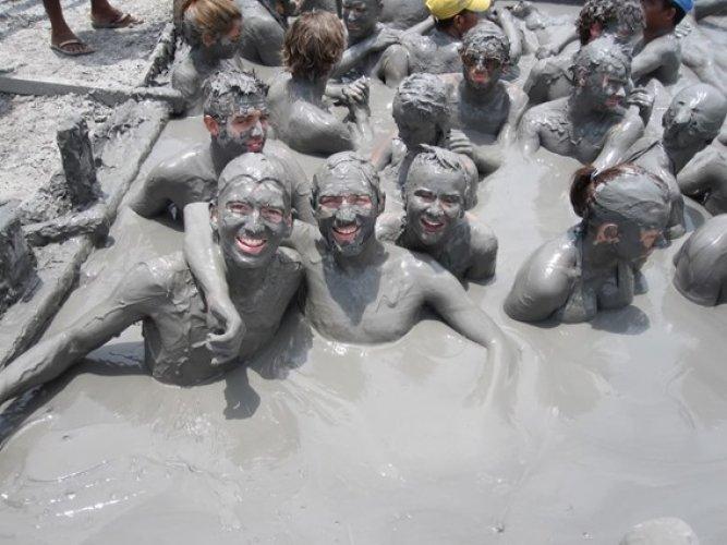 حمامات طين في تركيا