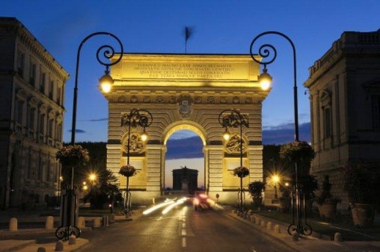 قوس النصر في مونبلييه - فرنسا