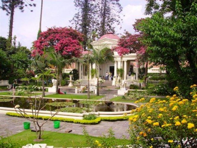 حديقة الورود الجميلة Garden of dreams في كاتماندو