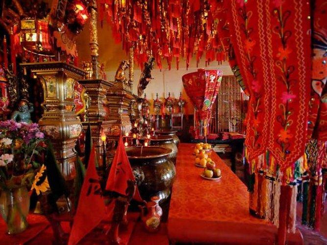 معبد تين هاو في الحي الصيني
