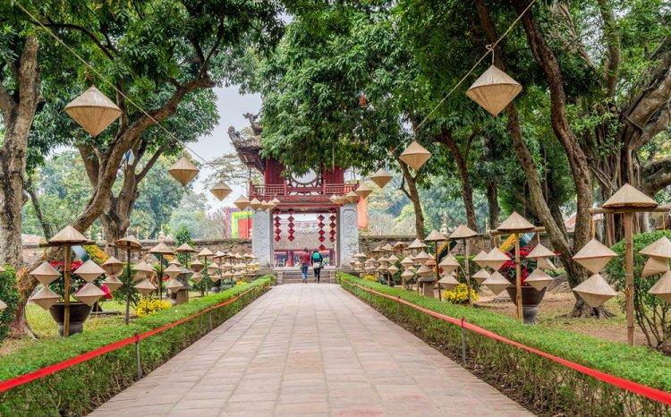 متحف الأدباء في هانوي - فيتنام