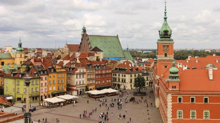 أين تقع مدينة وارسو Warsaw سائح