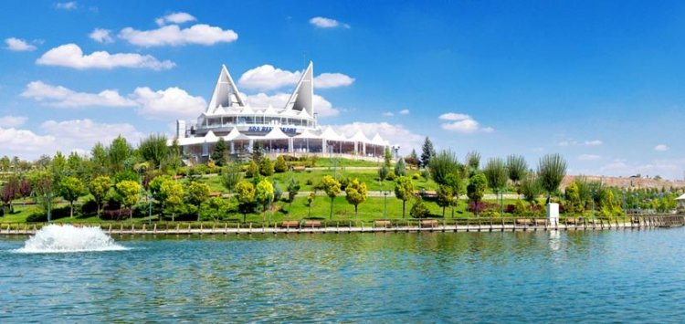 بحيرة مافي غول في أنقرة - تركيا