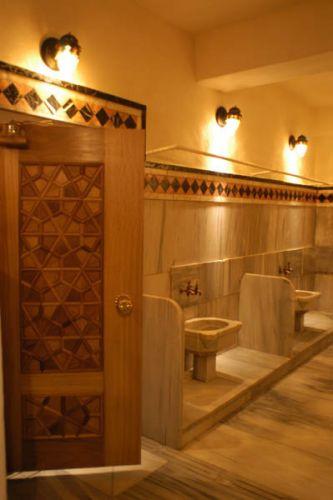 حمام جلاتا ساراي في اسطنبول