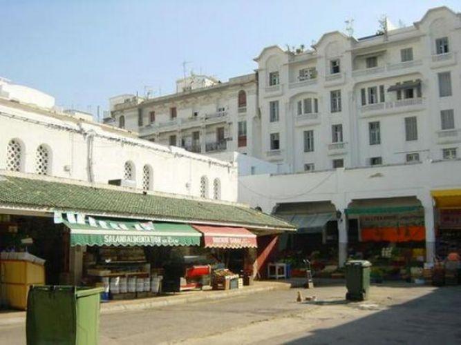 السوق المركزي بشارع محمد الخامس في الدار البيضاء