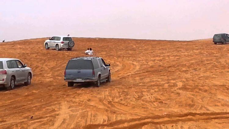 التزلج على الرمال والتطعيس في الرياض