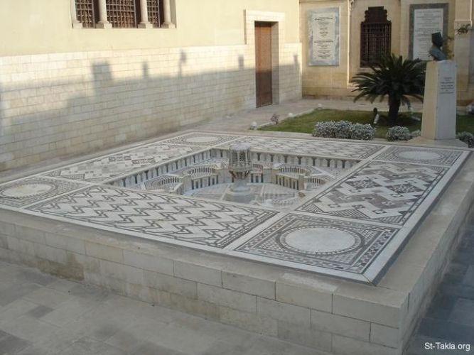 المتحف القبطي  من الداخل في القاهرة - مصر