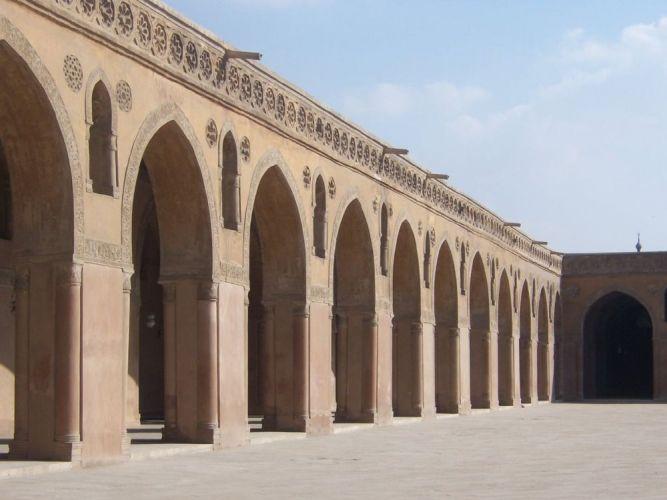 المسجد من الداخل في القاهرة