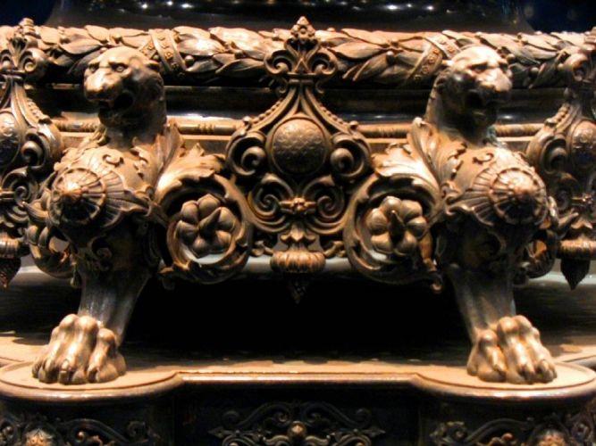 تحفة من داخل قصر عابدين القاهرة