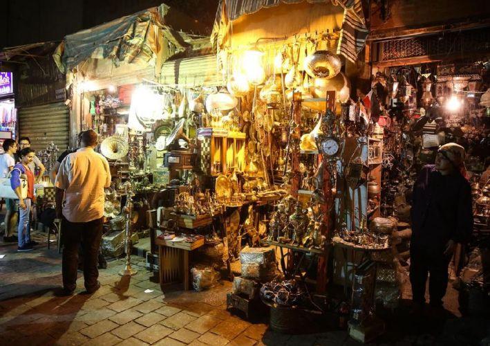 اماكن لبيع التحف بشارع المعزفي القاهرة