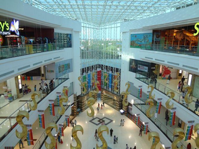 محلات مجمع اللولو التجاري في المنامة - البحرين