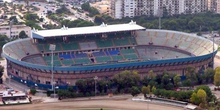 ملعب رينزو باربيرا