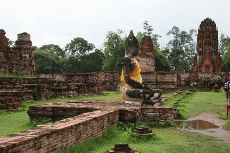 ايوثايا هي مملكة قديمة في تايلاند