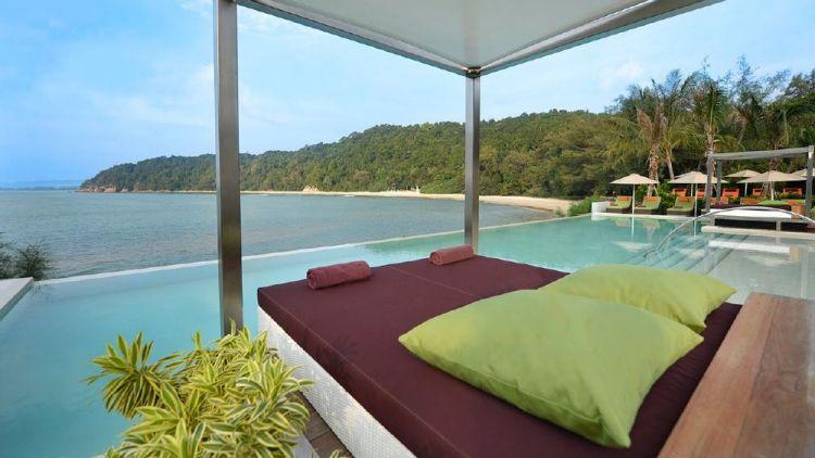 شاطئ شيراتنغ في باهانج - ماليزيا