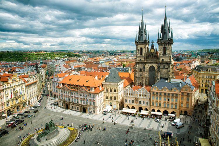 مدينة براغ القديمة
