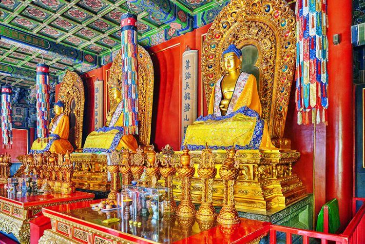 تماثيل معبد لاما في بكين الصين
