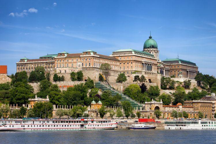 قلعة بودا في بودابست