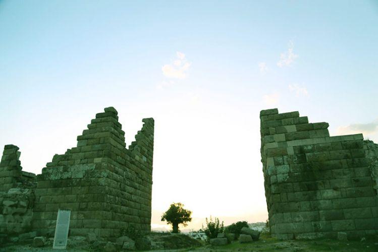 بوابة مايندوس Myndos gate في بودروم