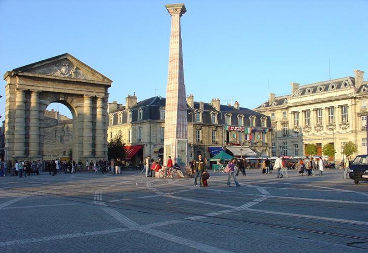 ساحة النصر - Place de la Victoire في بوردو