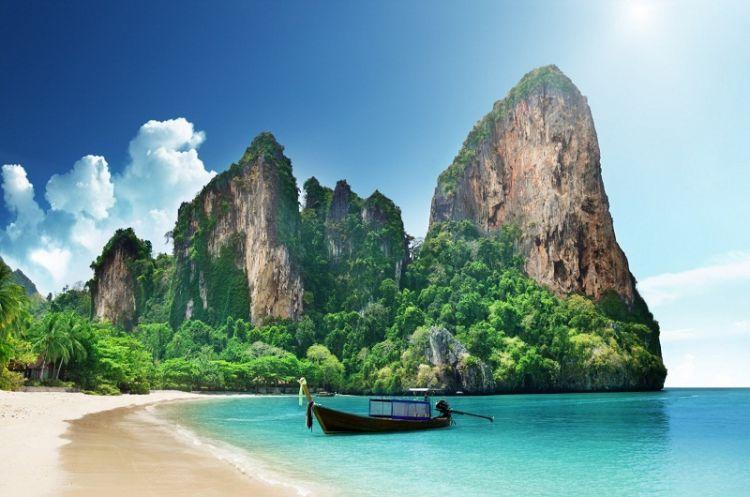 خليج بان ناه في بوكيت - تايلاند
