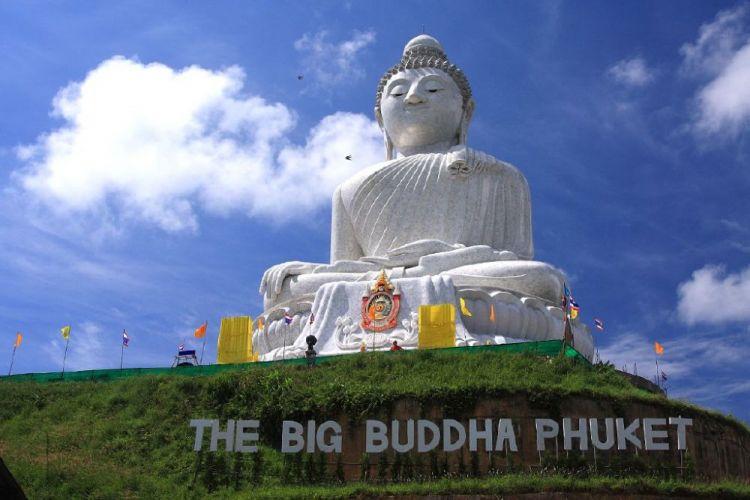 تمثال بوذا الكبير في بوكيت - تايلاند