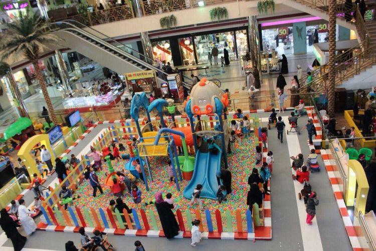 مركز تسوق السنابل مول في تبوك