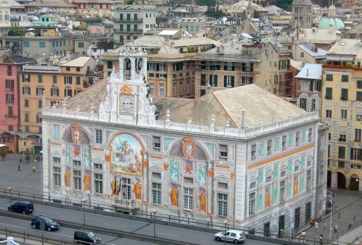 قصر سان جورجو في جنوة - إيطاليا