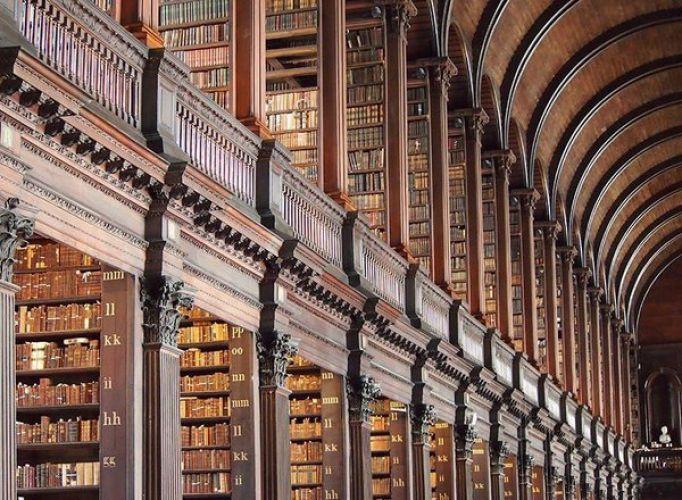 مكتبة كلية ترينيتي