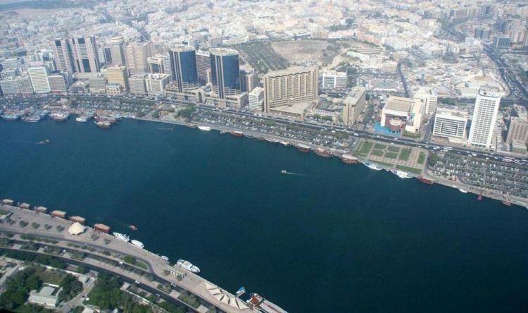 خور دبي يُعدّ مصبّ المياه المالحة