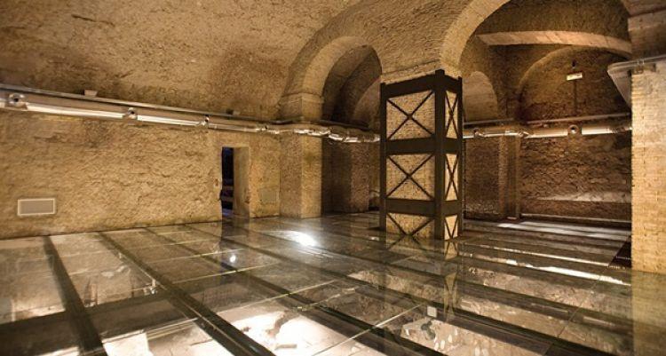 قصر فالينتي من الداخل