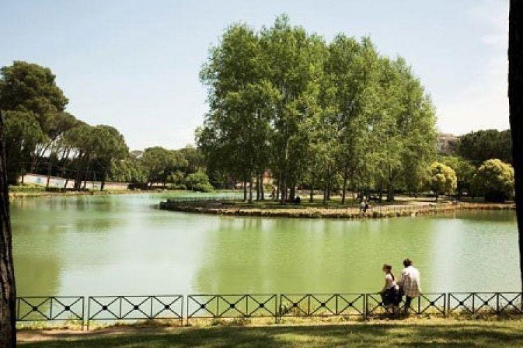 حديقة فيلا ادا - Villa Ada في روما