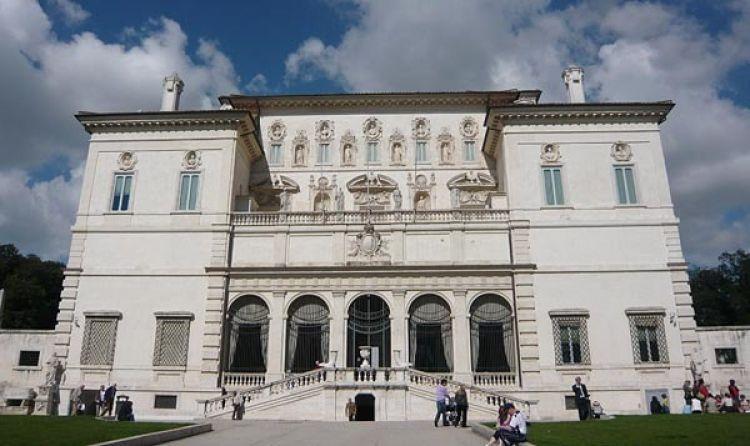 معرض بورغيزي في روما - ايطاليا