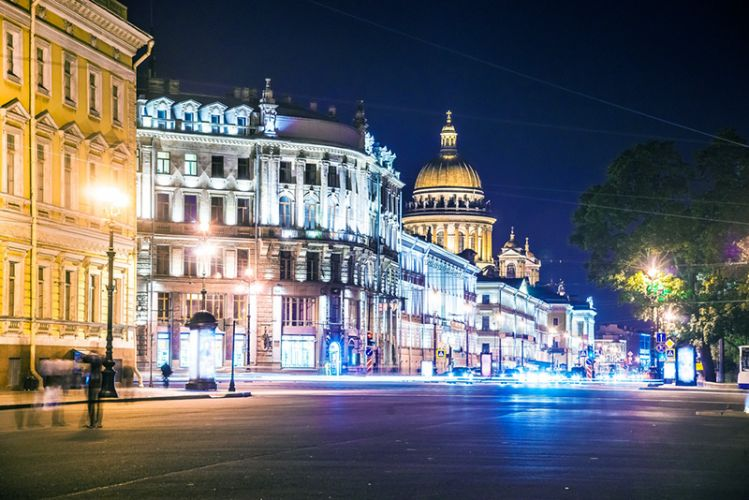 شارع نيفسكي بروسبكت - Nevsky Prospect في سانت بطرسبرغ