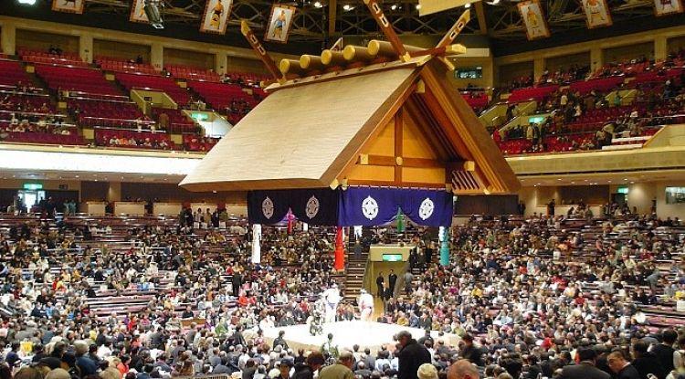 ملعب كوكو غيكان للسومو - اليابان