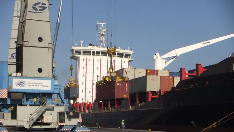 ميناء عجمان