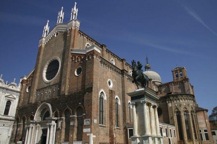 كنيسة سانتي جيوفاني اي باولو