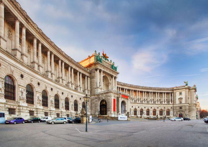 القصر الملكي Hofburg في فيينا - النمسا