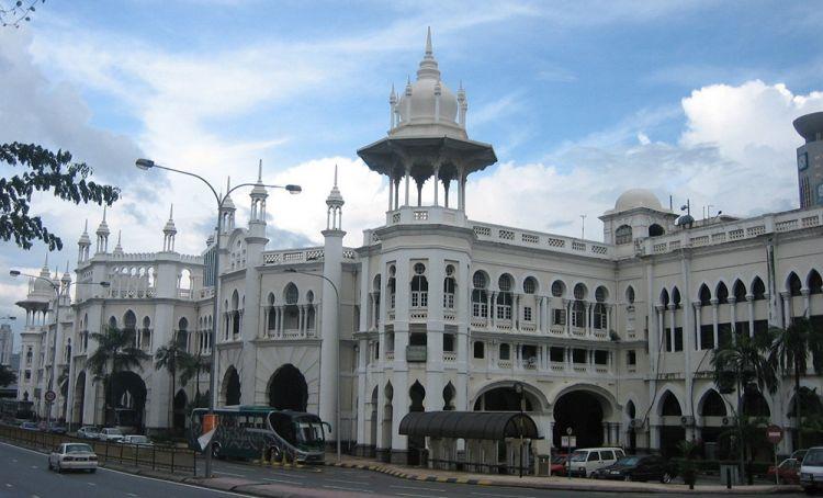 محطة قطار كوالالمبور القديمة في ماليزيا