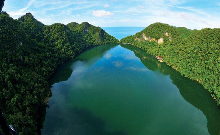 جزيرة العذراء الحامل - دايانج بانتج