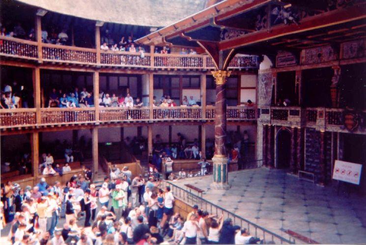 مسرح شكسبير جلوب في لندن - انجلترا