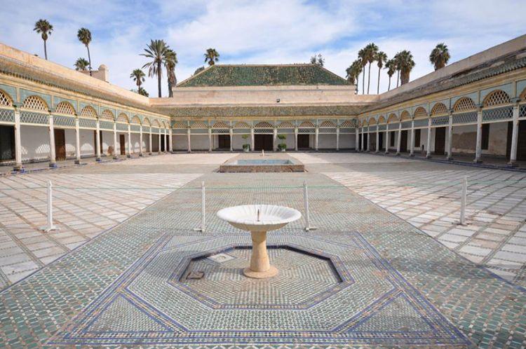 فناء قصر الباهية في مراكش - المغرب